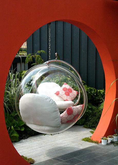 Hampton Court Flower Show Digilux 2 bubble chairs