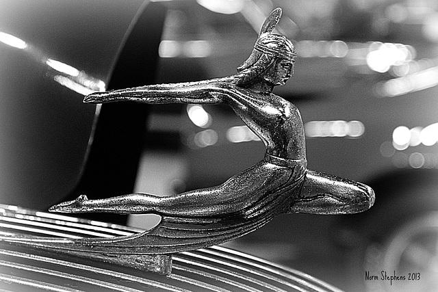 1935 Art Deco Pontiac