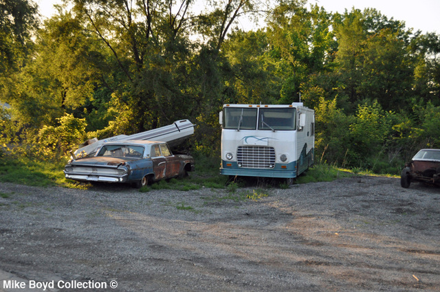 ford_ln_grill_motor_home_rockdale_il_06'13