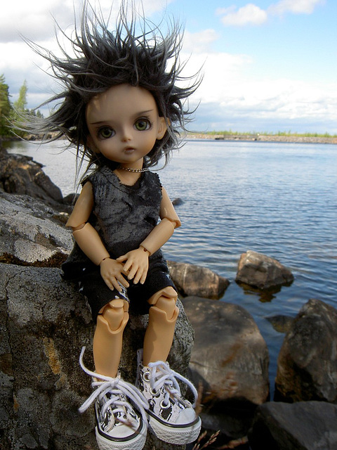 Deimos at the lake