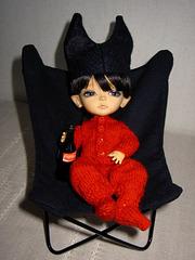 Making a bat chair 7/7