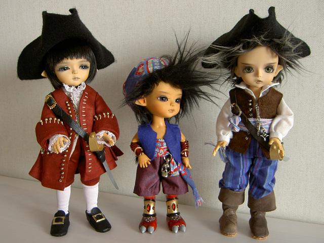 Lati pirates