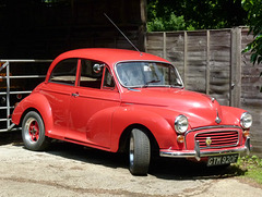 Red Morris Minor - 6 July 2013