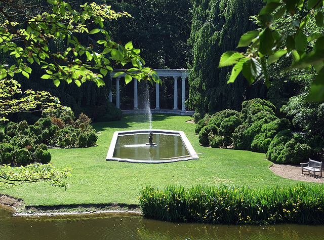ipernity: View of the Fountain and Colonnade in Old Westbury Gardens ...