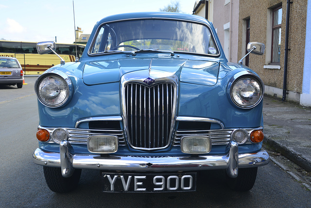 Isle of Man 2013 – 1961 Riley 1.5