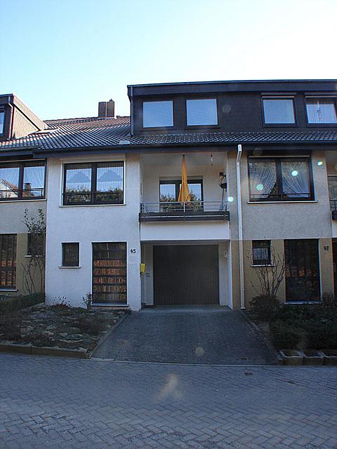 20100305 04845DSCw Haus 25,2 mm