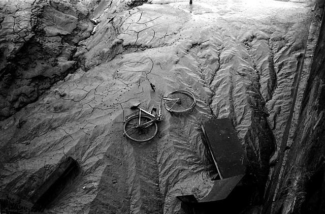 Bike, mud, Hull 2