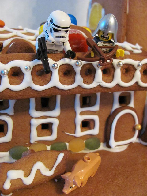 The gingerbread lighthouse guards 12