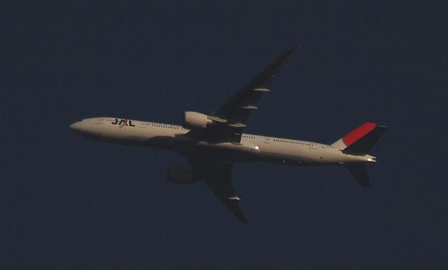Japan Air Lines (JAL) Boeing 777