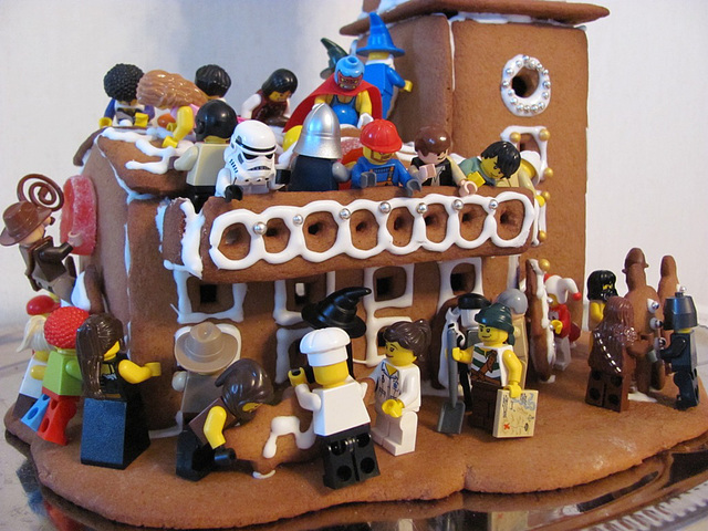 Destruction of the gingerbread lighthouse