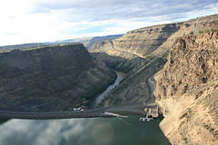 Round Butte Dam and Lake Billy Chinook