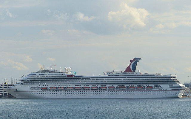 Carnival Freedom at Port Everglades - 25 January 2014