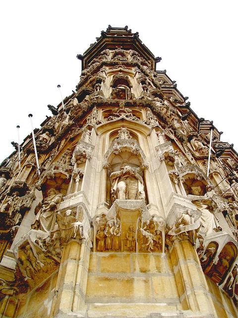 Louvain-Leuven, Belgique.   Architecture absorbante !2