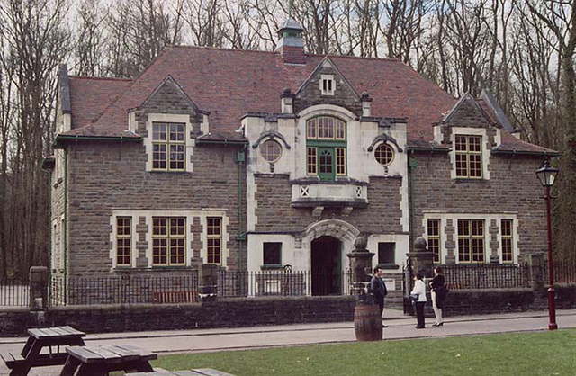 Oakdale Workmen's Hall, 2004