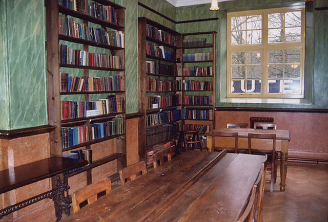 Library of the Oakdale Workmen's Club, 2004
