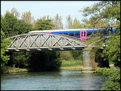 train on Nuneham Bridge