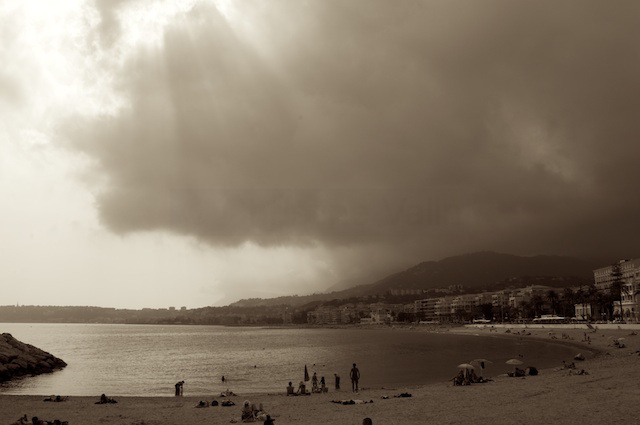 The beach - Menton