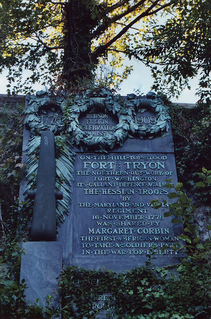 Commemorative Plaque in Fort Tryon Park, Oct. 2006