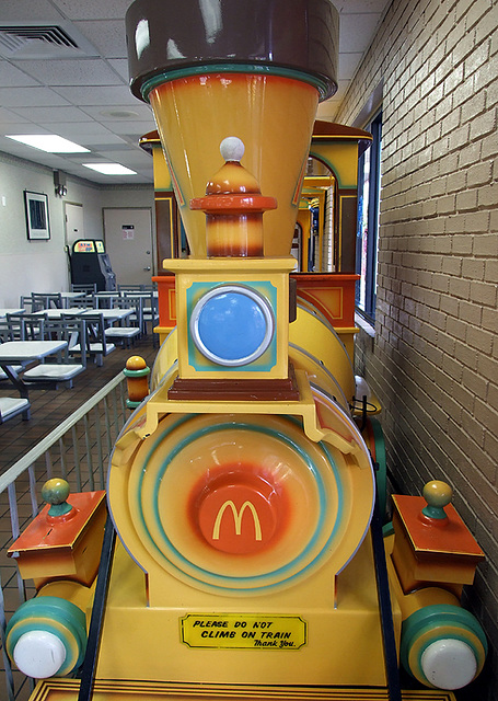 Ipernity The Train Inside Mcdonalds On Metropolitan