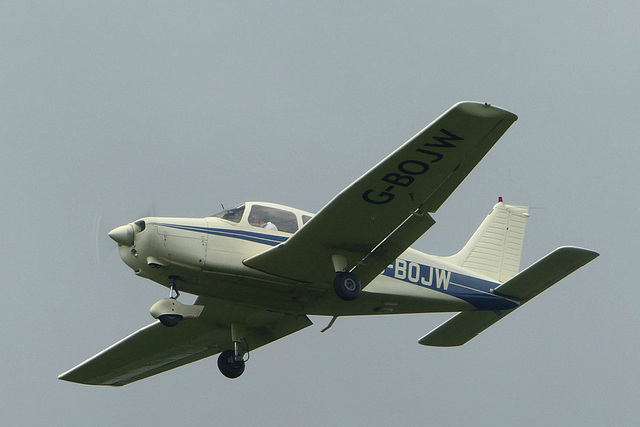 G-BOJW approaching Lee on Solent - 2 June 2014