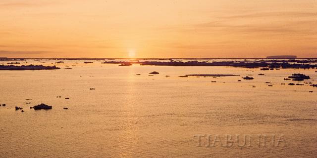 Sea ice sunset