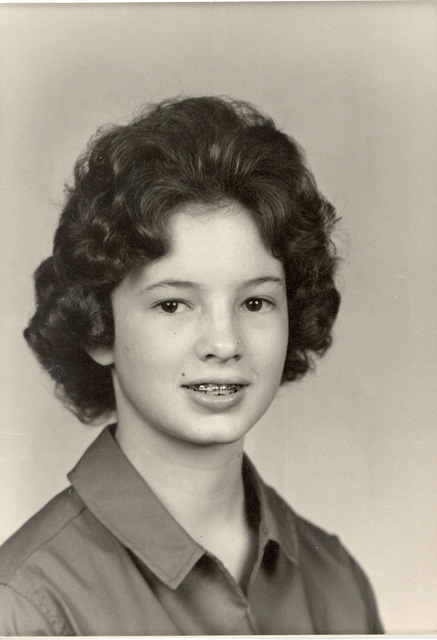 Mary, 1961, freshman photo.