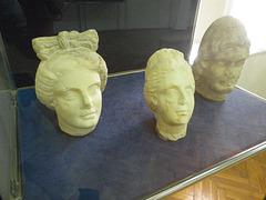 Sirmium : bustes.