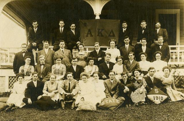 Alpha Kappa Delta Fraternity, Pennsylvania State College, 1910