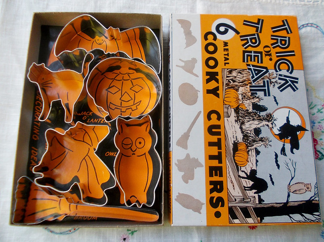 Vintage Halloween Cooky Cutters
