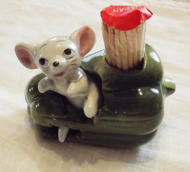 Vintage toothpick holder (Japan)