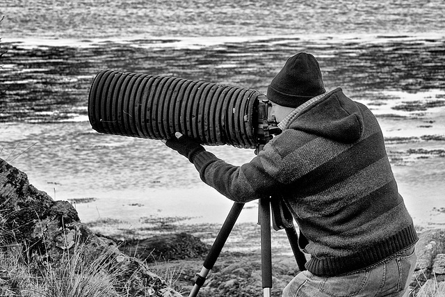 Now THAT'S what I call a lens hood!!!