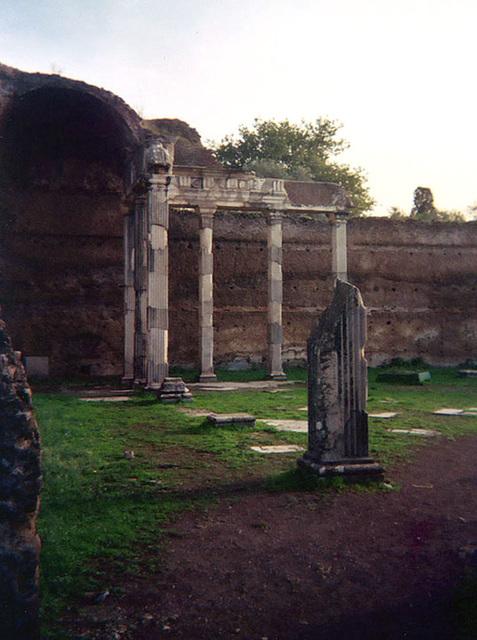 Colonnade in Hadrian's Villa, December 2003