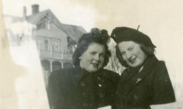 (652) Liv (Svendsen) Klungland og Hilma (Svendsen) Solem