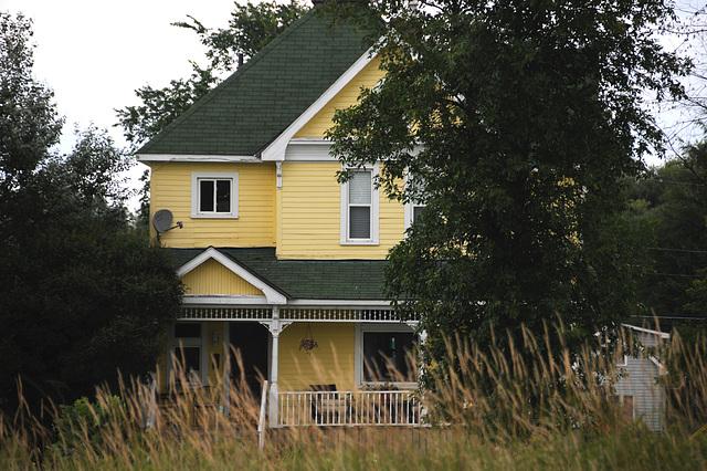 Yellow House at Echo Bay