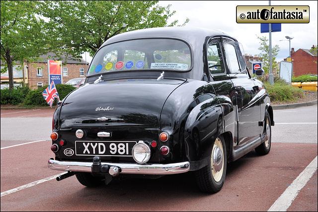 1957 Austin A35 - XYD 981