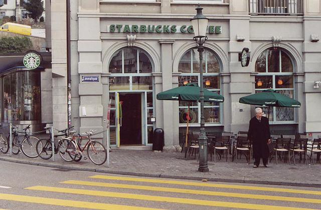 Starbucks in Zurich, Nov. 2003