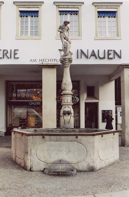 Fountain in Zurich, Nov. 2003