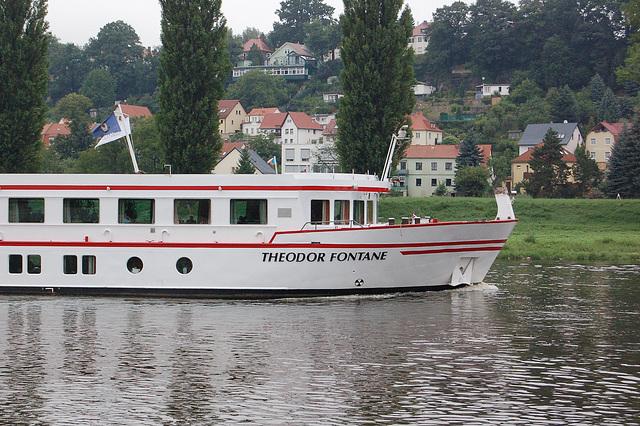ŝipo (Schiff) Theodor Fontane