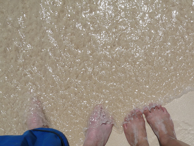 feets, pre-tan