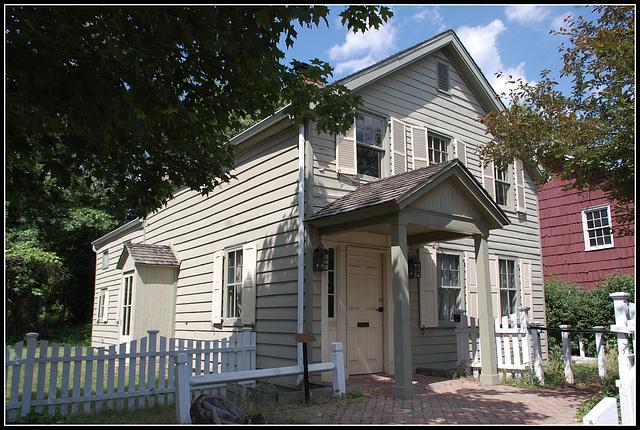A House 1800s