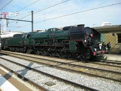 """DIJON: """"Journée du Patrimoine"""", Avant le   départ de la locomotive à vapeur 241P17""""."""