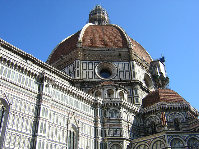 Il Duomo from below