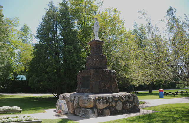 War Memorial, Richards Landing