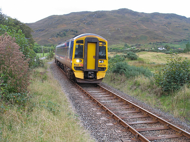 158719 stops at Attadale