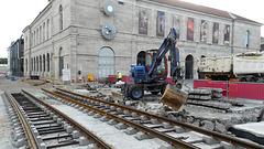 BESANCON: Travaux du tramway: Place de la Révolution 4.