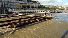 BESANCON: Travaux du tram: reconstruction du pont Battant 02.