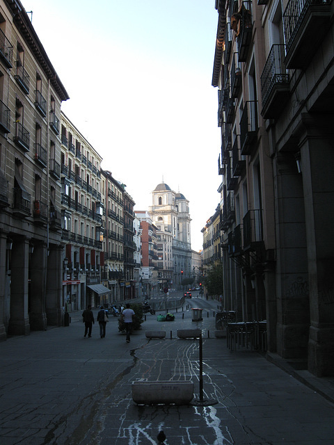 Calle de Toledo, early morning