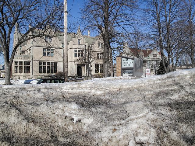 Shuddersome large mansion.