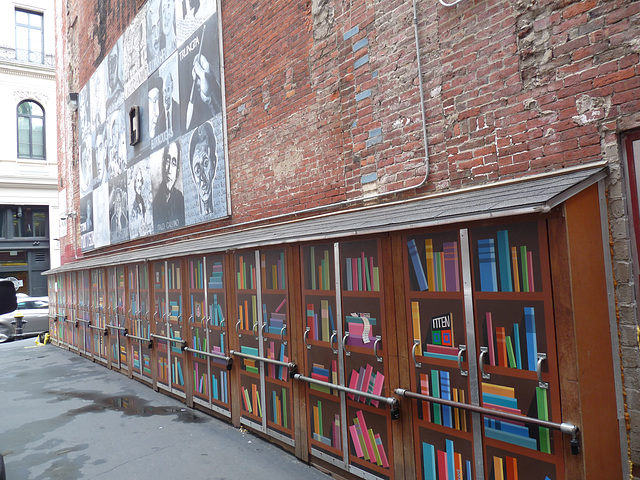 Brattle Book Shop alley