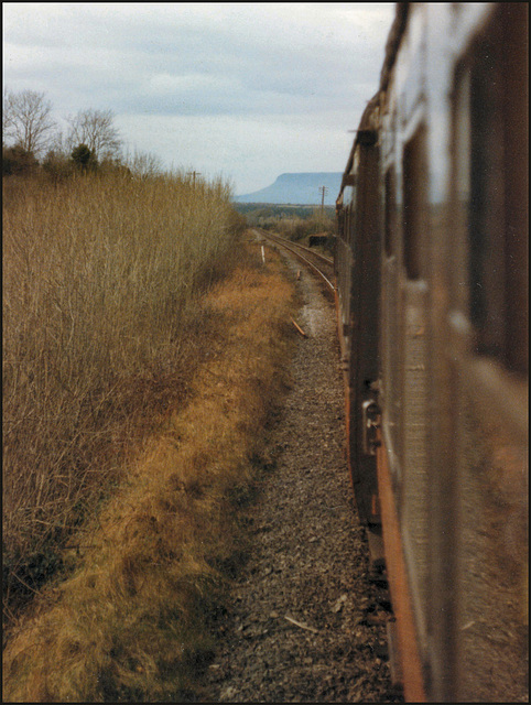 train approaching Sligo